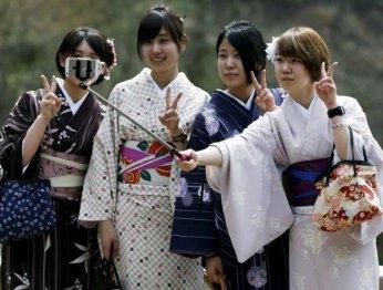 Японцы создали сервис поаренде друзей для селфи