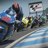 Скриншот MotoGP 15