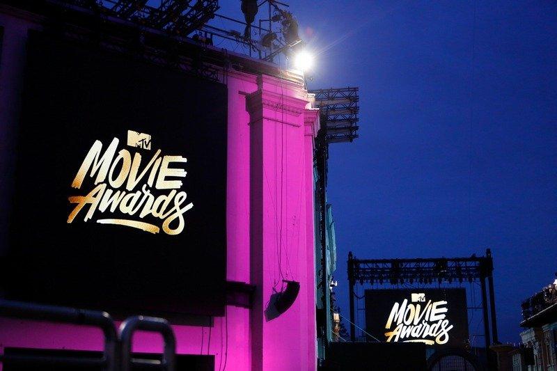 MTV вручила свои «Оскары» Шарлиз Терон и Лео ДиКаприо - Изображение 1