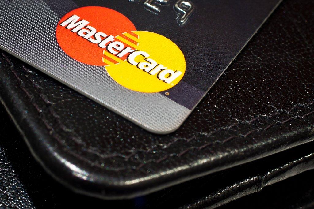Доля платежей банковскими картами в онлайн-играх утроилась за два года - Изображение 1
