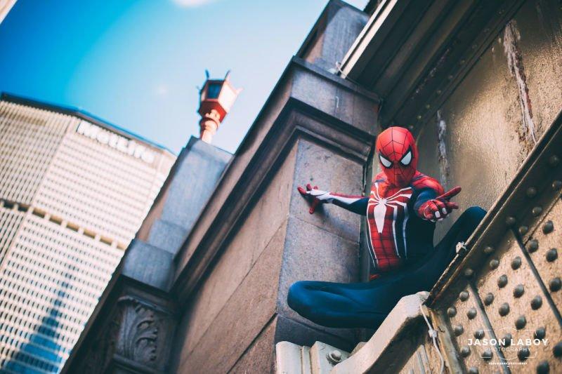 Косплей Человека-паука в его естественной среде обитания - Изображение 4