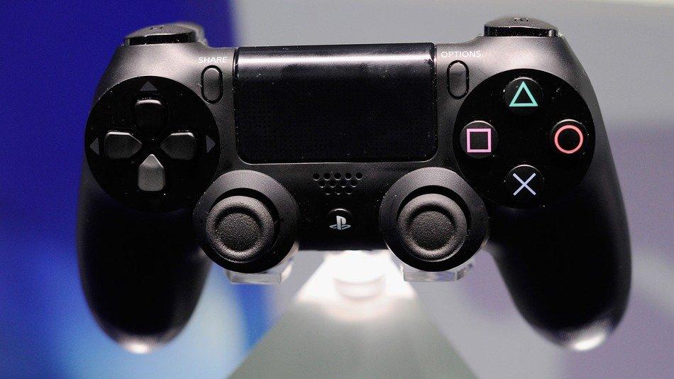 Британцы купили 1 млн PlayStation 4 - Изображение 1