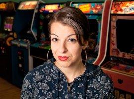 Анита Саркисян собрала $200 тысяч на свой новый проект