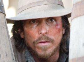Кристиан Бэйл будет бороться с индейцами в вестерне в духе «Выжившего»