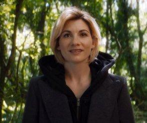 Ослепительная Джоди Уиттакер ищет друзей вполноценном трейлере нового сезона «Доктора Кто»
