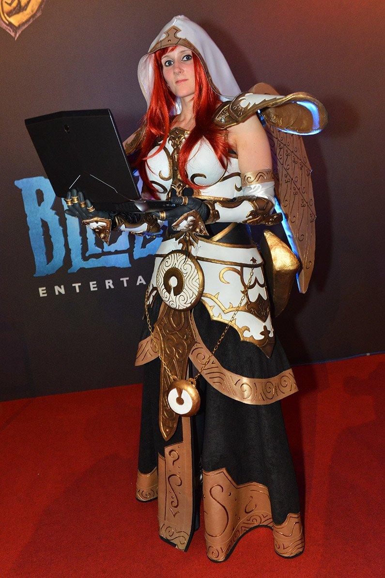 Лучшие костюмы со стенда Blizzard на Gamescom 2013 | Канобу - Изображение 3