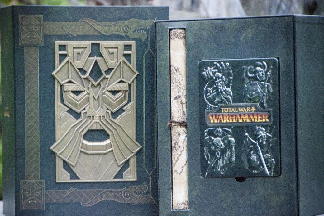 Распаковка коллекционного издания Total War: Warhammer | Канобу - Изображение 2