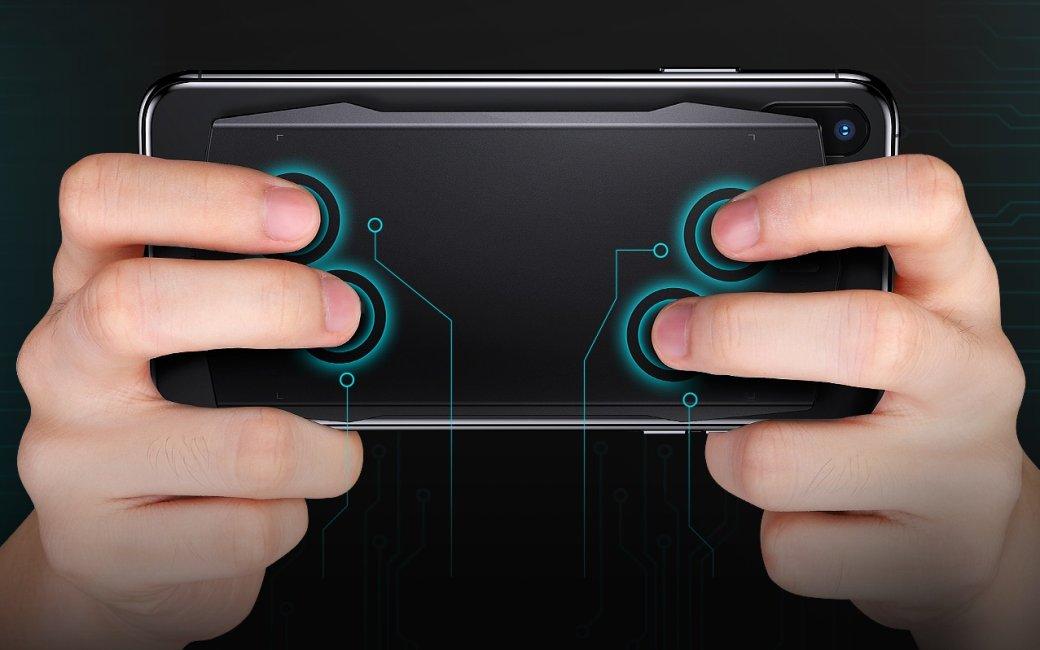 Геймпад Muja Smart Touchpad крепится к задней крышке смартфона и оснащен сенсорными клавишами   Канобу - Изображение 9110